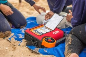 what is an AED (automated external defibrillator)