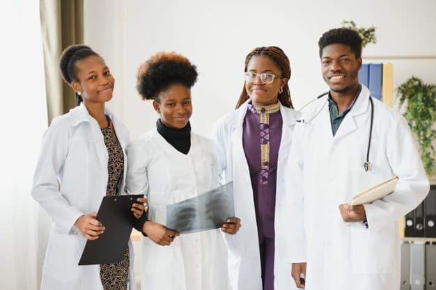 Medical School Grants for Minorities - How to Apply?